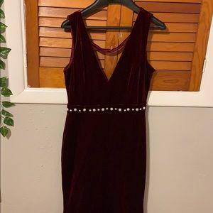 Formal | Red Velvet | Dress | Size: M